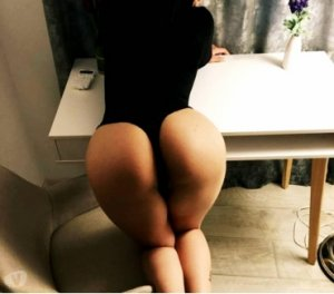 Magdeleine live nuru massage in Bowie